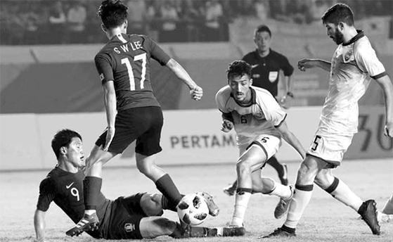 20일 키르기스스탄과의 조별리그 3차전에서도 답답한 경기를 펼친 한국 축구대표팀. [뉴시스]