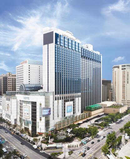 롯데호텔은 글로벌화, 서비스 역량 강화를 바탕으로 브랜드경쟁력을 강화했다.