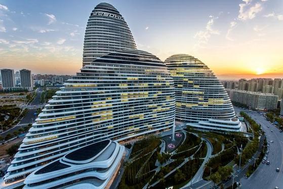 베이징 왕징의 랜드마크 왕징 소호 [사진 텅쉰커지]