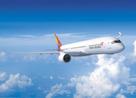 아시아나항공은 에어버스 A350 신형 항공기 6대를 도입해 기재 경쟁력을 강화했다.