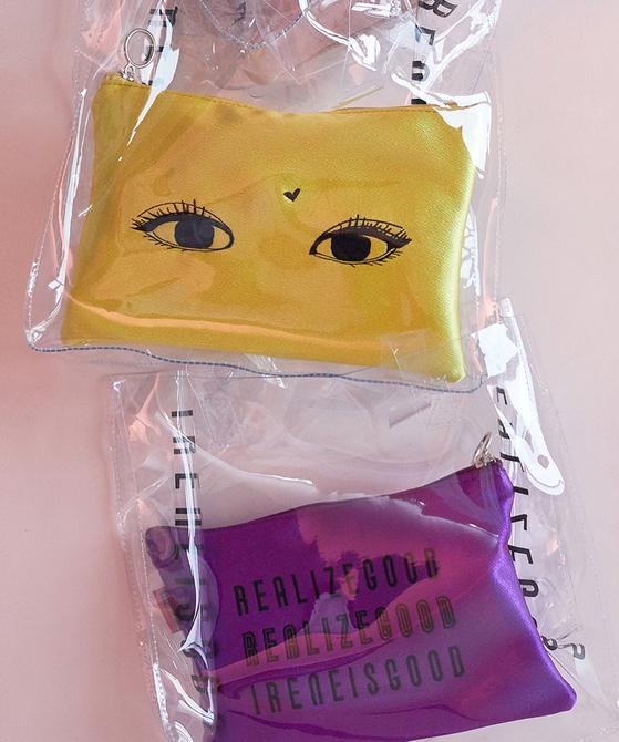 아이린이 만든 PVC소재 투명 토트백. 3개월 만에 3번의 리오더 물량을 팔았다.