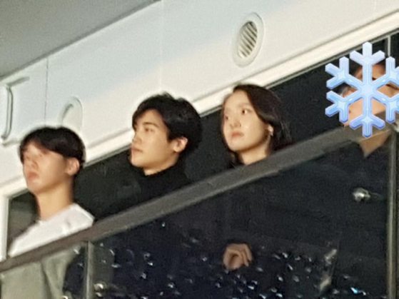 From left, Park Seojoon,Park Hyungsik, and Girl's generation Yoona at BTS concert last year. Photo from Online community
