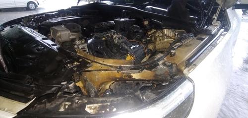 """이번엔 주차된 BMW 차량 화재…""""전조등에서 연기"""""""