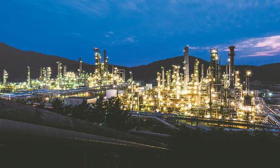 GS칼텍스는 올레핀 사업 진출을 통해 균형 잡힌 사업 포트폴리오를 구축하고 정유·방향족 사업 위주인 현재 사업 포트폴리오를 다각화하는 등 미래 지속성장을 추구한다. [사진 GS칼텍스]