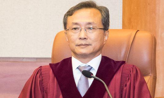 대법원 이어 헌재까지, 文 정부서 상종가 '우리법연구회'