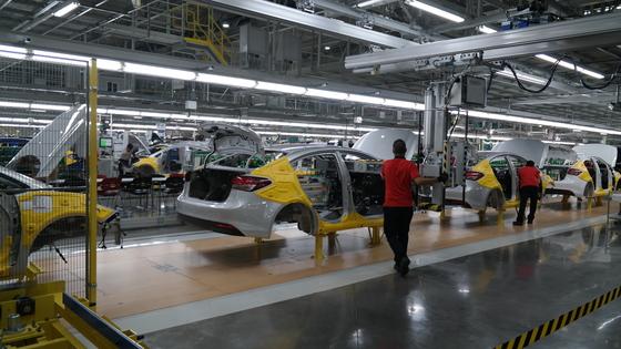 북미자유무역협정 개정으로 최대 40만 대 생산이 가능한 기아차 멕시코 공장에 납품하는 국내 부품사가 타격을 입게 됐다. [사진 현대차그룹]