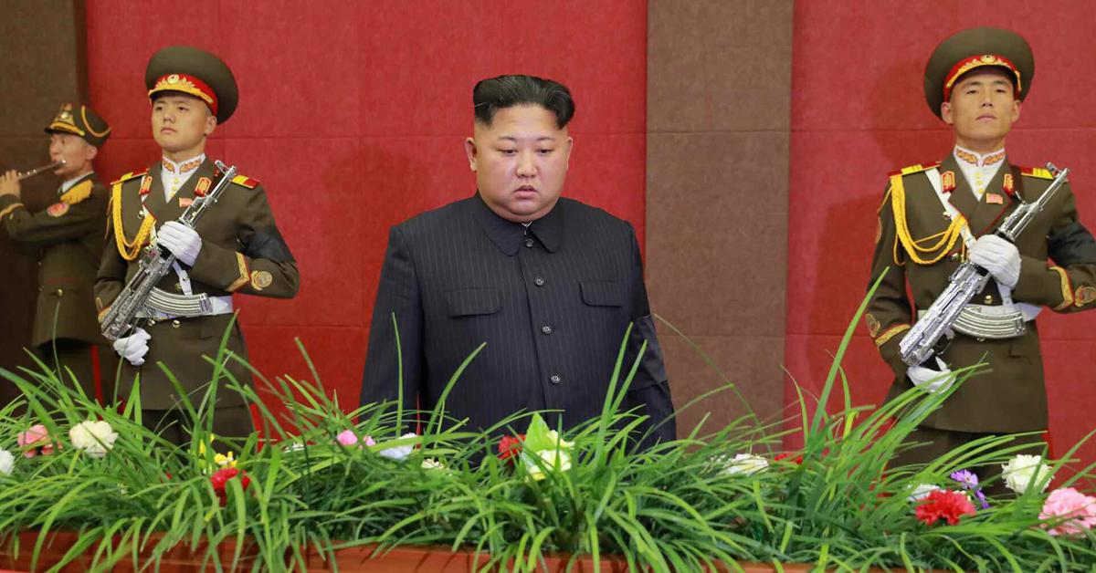 김정은 북한 국무위원장이 최근 사망한 주규창 전 노동당 기계공업부(현 군수공업부) 부장의 빈소를 4일 찾아 애도했다고 노동당 기관지 노동신문이 5일 전했다. [연합뉴스]