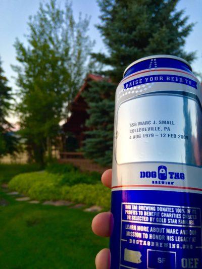 도그태그 브루어링에서 생산한 맥주. 캔에 전사자의 이름이 새겨져 있다. [도그태그 브루어링 페이스북]
