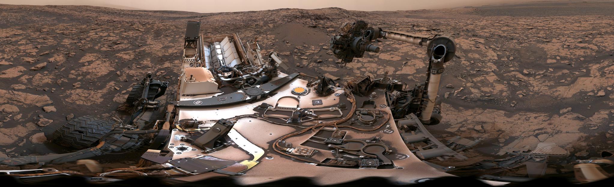 지난 8월 탐사선 큐리오시티의 마스트 카메라로 촬영한 화성의 모습. 지난 2012년 화성에 착륙한 핵추진 탐사선(Rover) 큐리오시티는 화성의 기후,지질 등을 조사하고 있다.[사진 NASA]
