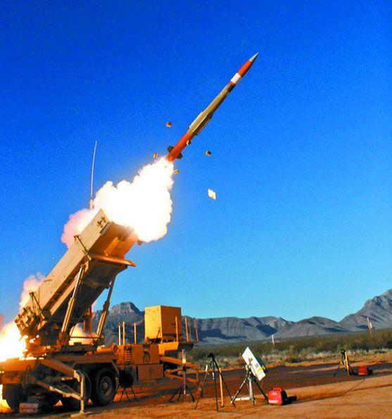 한·미 군 당국이 평택기지 배치를 협의 중인 패트리엇(PAC-3) 미사일. [중앙포토]