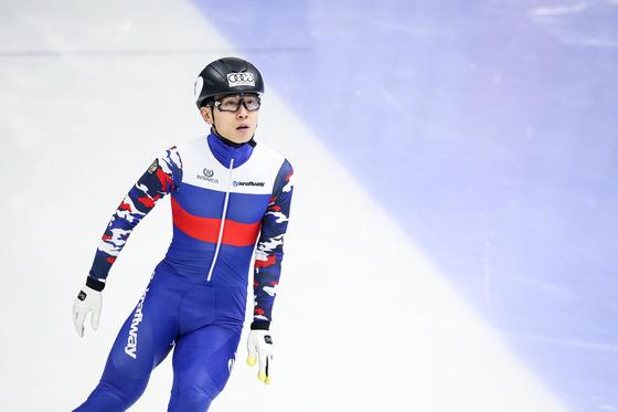 빅토르 안(안현수)이 지난 해 서울에서 열린 2017-18 국제빙상연맹(ISU) 쇼트트랙 월드컵에 출전한 모습. [뉴스1]