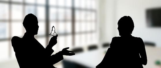 지속가능한 사업을 일궈야 하는 사람은 사용자, 구매자의 의견을 균형있게 듣는 자세가 필요하다. [사진 pixabay]