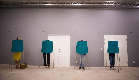 스웨덴 총선 투표소 [AP=연합뉴스]