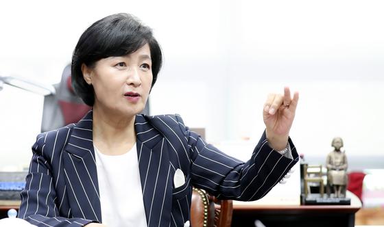 더불어민주당 추미애 전 대표 인터뷰가 29일 서울 여의도 국회 의원회관에서 열렸다. 임현동 기자