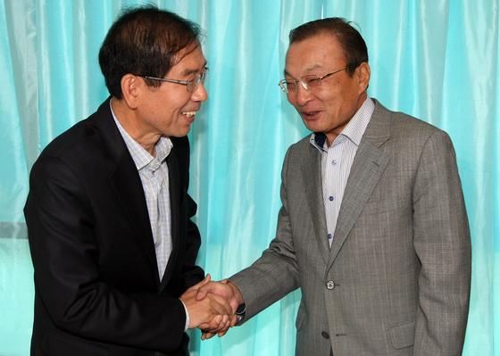 박원순 서울시장(왼쪽)과 이해찬 더불어 민주당 대표.