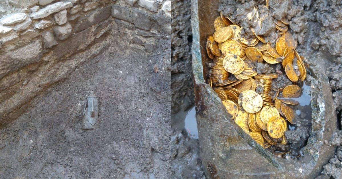 철거 중인 극장서 발견된 깨진 주전자…로마 금화 한가득