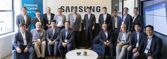 삼성은 뉴욕, 페북·구글은 '탈 미국' … AI 허브 경쟁
