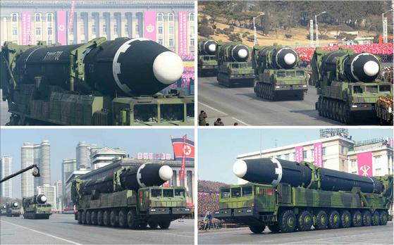 지난 2월 건군절 열병식에 등장했던 ICBM급 화성-15형. 북한 노동당 기관지 노동신문은 열병식 하루 지난 9일 대대적으로 선전했다. [사진 노동신문=연합뉴스]