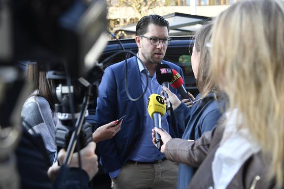 """스웨덴 총선에서 3위로 부상한 극우 스웨덴민주당의 임미 오케손 대표는 """"킹 메이커 역할을 할 것""""이라고 말했다. [EAP=연합뉴스]"""