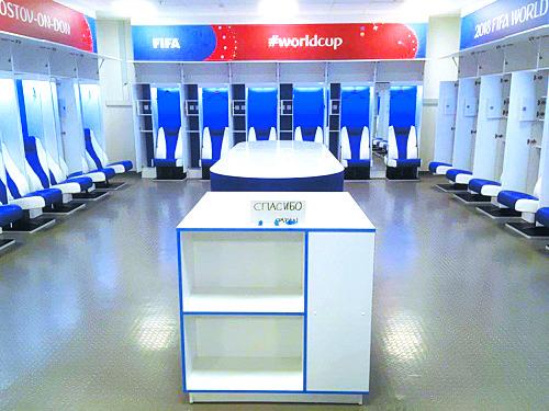 국제축구연맹(FIFA)의 경기장 책임자인 프리실라 얀슨이 올린 일본 축구대표팀 라커룸 모습. [사진 얀슨 트위터]