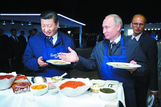 [사진] 시진핑·푸틴 올해 세 번째 정상회담