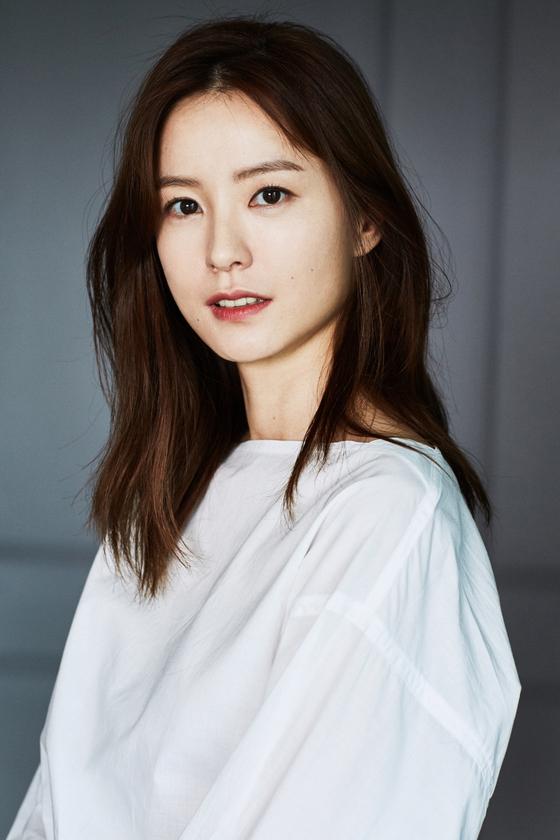 영화 '82년생 김지영' 주연을 맡은 배우 정유미. [사진 매니지먼트 숲]