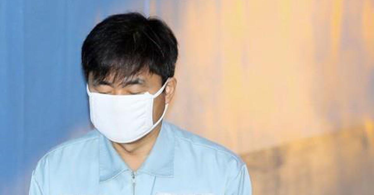 법정 향하는 진경준 전 검사장 [연합뉴스]
