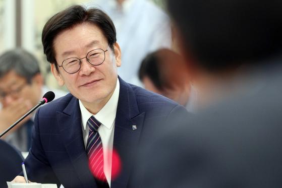 '경기도 국회의원 초청 정책협의회'에 참석한 이재명 경기지사 [사진 경기도]
