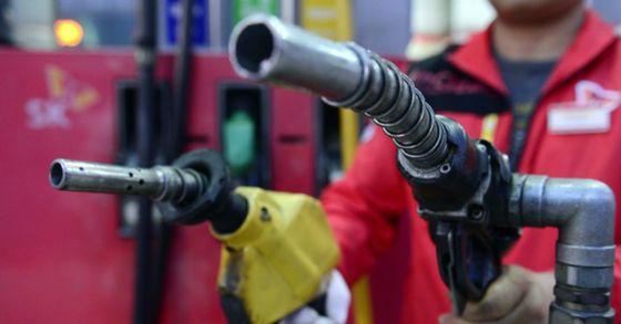 차에도 정품ㆍ정량의 연료가 중요하듯 사람의 몸도 건강해지려면 정품ㆍ정량이 중요하다. [중앙포토]