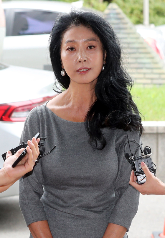 김부선, 이재명 검찰 고소 옛 연인이 권력욕 괴물로 변했다