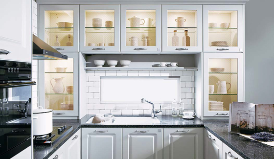 에넥스는 '키친 팔레트 시리즈'를 선보이며 커스터마이징 시스템을 도입한다. 이를 통해 일대일 맞춤 주방을 제공한다. 사진은 프렌치(그레이). [사진 에넥스]