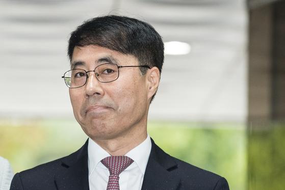 [속보] '대법 문건 유출·파기' 유해용 前수석연구관 구속영장 기각