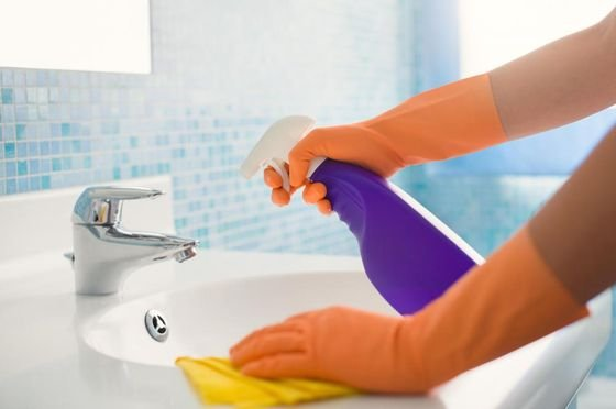 추석을 맞아 욕실 청소 좀 해볼까.
