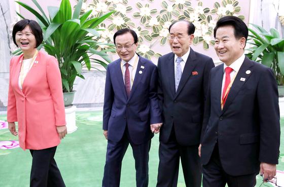 [단독] 이해찬 등 정당 대표단 노쇼 사태 사실은 북측이 사과했다