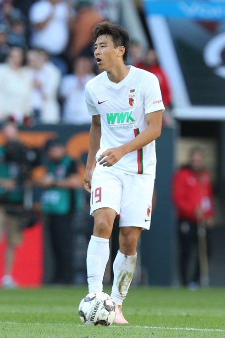 아우크스부르크 구자철이 22일 브레멘전에서 골을 터트린 뒤 부상으로 교체아웃됐다 [아우크스부르크 트위터]