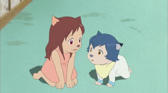 애니메이션 '늑대 아이'의 유키와 아메는 평범한 아이들로 보이지만, 흥분하면 늑대의 모습이 드러나는 '늑대 인간'이다.