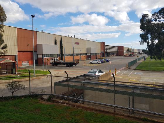 문닫은 호주 애들레이드 GM홀덴 공장의 을씨년스러운 모습. [윤정민 기자]