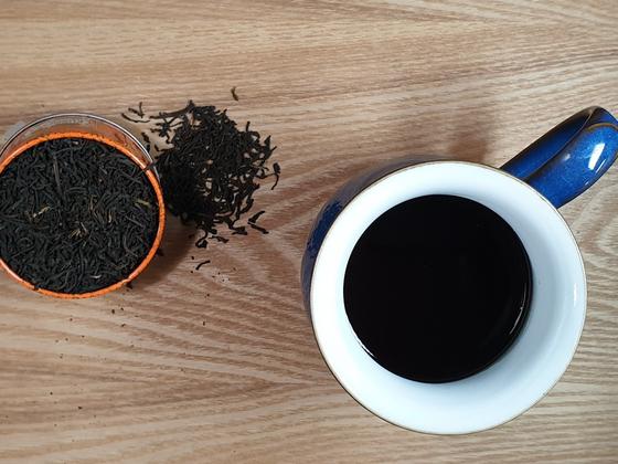 커피에 차의 풍미를 더하면 색다른 커피를 맛볼 수 있다.