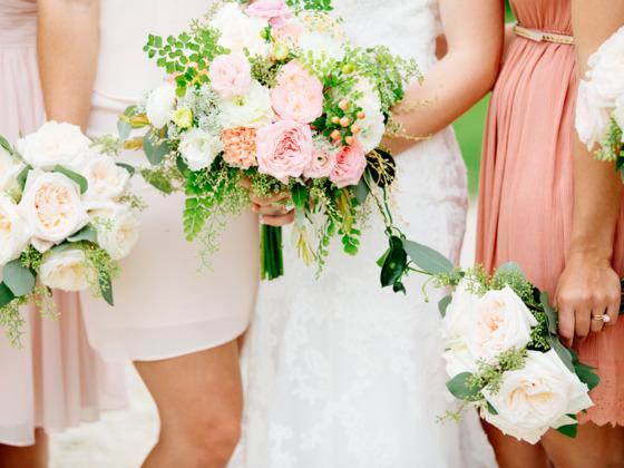 결혼은 혼자만으로 어떻게 할 수 없기 때문에 국가의 적극적인 지원이 필요하다. 따라서 에히메 현 결혼지원센터는 전통적인 결혼 지원 기능을 대신해 국가가 결혼정보 서비스를 제공할 필요가 있다고 호소한다. [중앙포토]