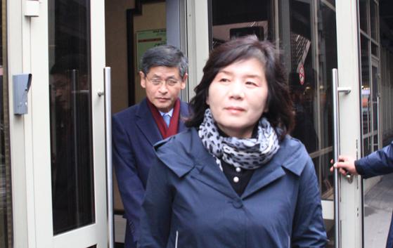이틀간 중국을 방문했던 최선희 북한 외무성 부상이 6일 오후(현지시간) 러시아 모스크바 셰레메티예보 국제공항에 도착해 귀빈실을 나서고 있다. [연합뉴스]