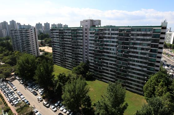 [안장원의 부동산 노트]19억 아파트 임대수익 800만원 … 집값 조정 신호탄?