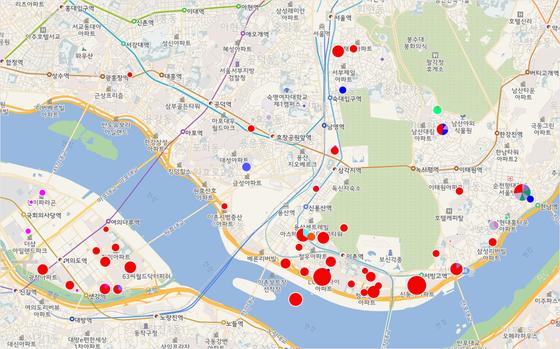 용산과 여의도에 보유한 부동산 분포도. 재산신고에 세부 주소를 쓰지 않은 경우 동 단위로만 지도에 입힌 일부 데이터의 경우 위치가 정확하지는 않습니다. 빨간색은 아파트, 파란색은 상가. 도형 크기는 신고가액 총합. 이미지를 클릭하시면 인터랙티브 차트로 넘어갑니다. https://goo.gl/r7L9eu