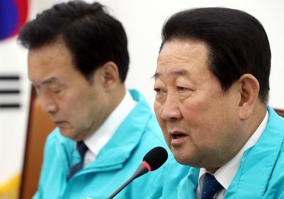 지난 5월 29일 오전 국회에서 진행된 바른미래당 중앙선거대책위원회의에서 박주선 공동대표가 모두발언을 하고 있다. [뉴시스]