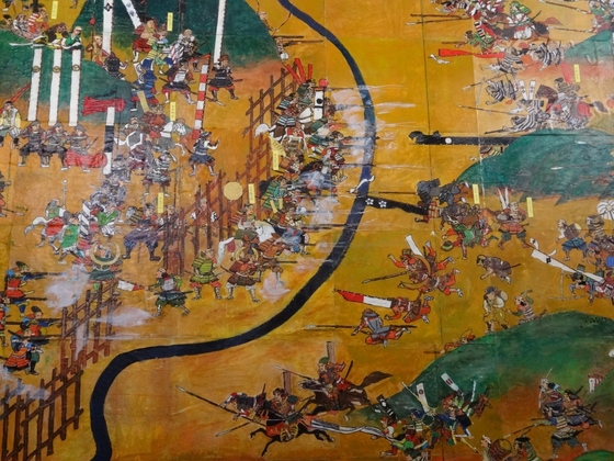 조총이 결정적 역할을 한 일본의 나가시노 전투. 오다 노부나가의 조총부대는 당대 최강이라 불리던 다케다 군의 기마부대를 무력화시켰다. [중앙포토]