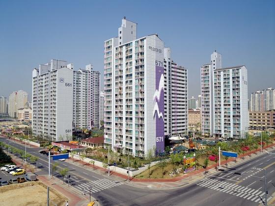국내 첫 공급한 국민임대주택 전경. [중앙포토]