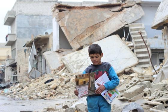 분쟁으로 고통받는 시리아 어린이. ⓒUNICEF/UN055818/al-issa