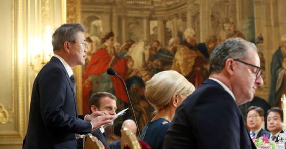 """文대통령 """"프랑스 지지·성원, 한반도 평화와 동북아 번영에 힘"""""""