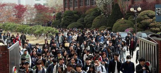 3년간 4만명 채용 … 올 '삼성고시'에 10만명 몰린다