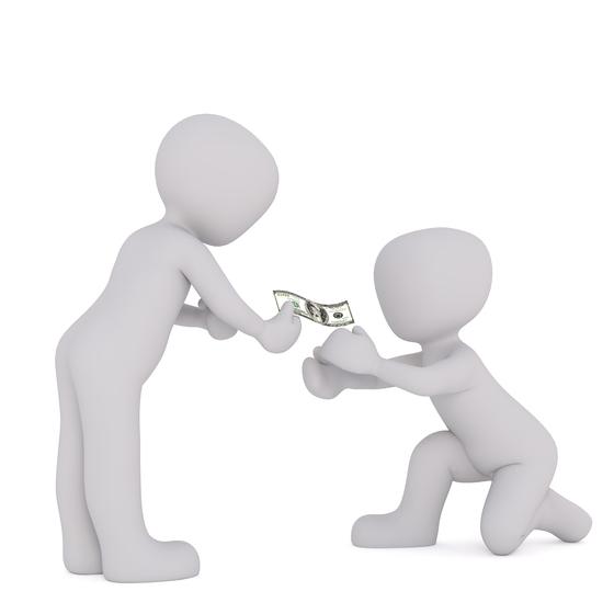 무리한 사전증여는 세 부담을 부풀리는 부장용을 일으킬 수 있다. 증여하는 것이 유리하다고 판단되면 미리 증여하거나 합산 기간 5년이 적용되는 손주나 며느리에게 증여하는 것도 대안이다. [사진 pixabay]