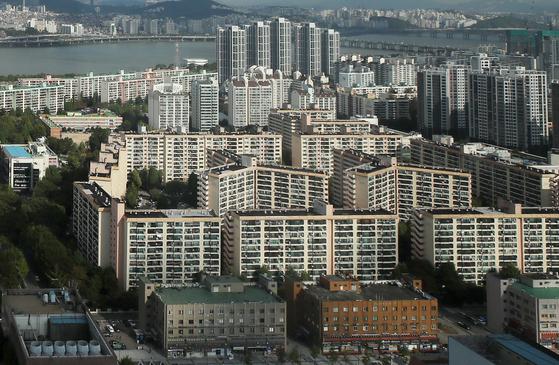 서울 집값 뛰자, 주택연금 해지 2년 새 80% 늘었다